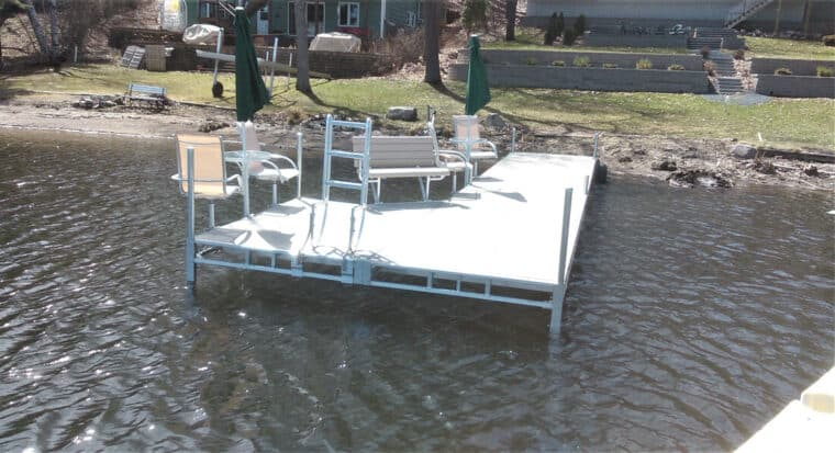 HomeCrest Chairs & Table, Bench, Flip up Ladder on TS9 Dock