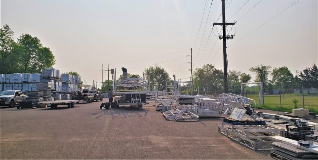 Marine Dock & Lift Yard